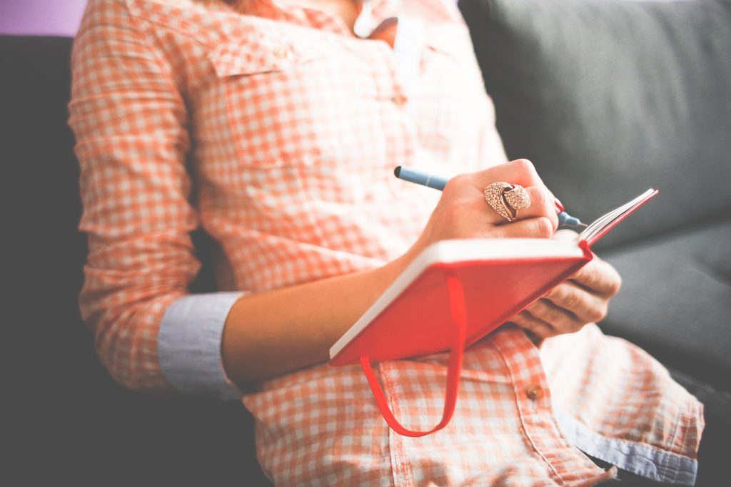 40代女性の転職事情が知りたい 資格があると転職は有利になるの?